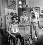 Nickolas Muray, Frida with Nick in her studio, Coyoacan, 1941