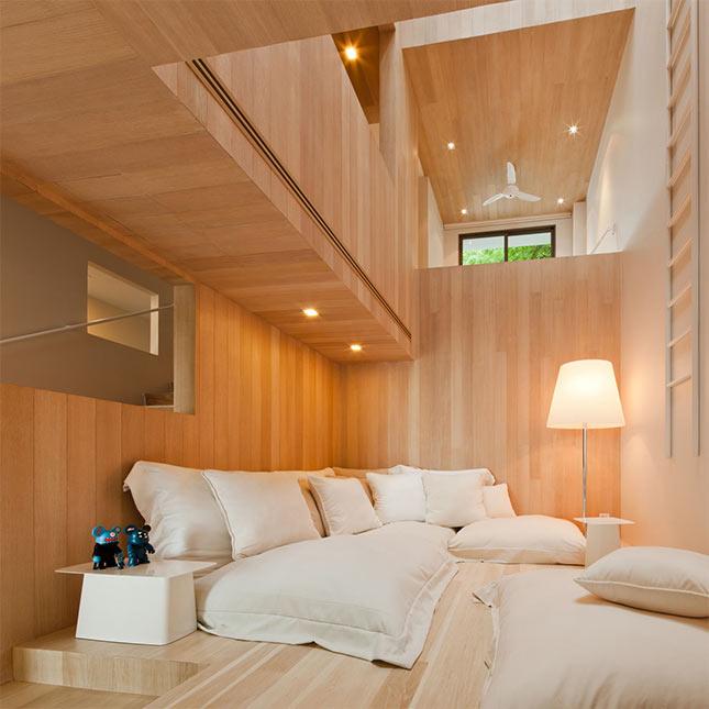 WE Select: Bear House, Cha-am Beach, Thailand