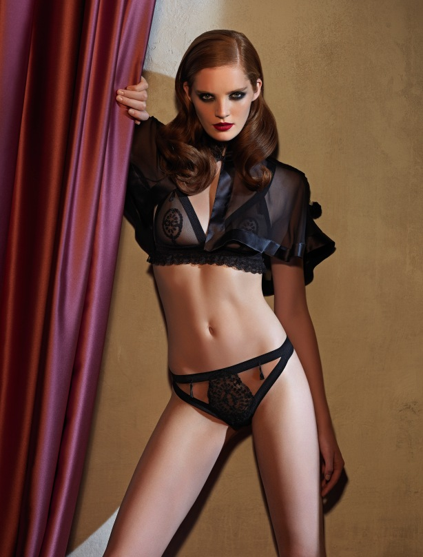 La Perla defines sex appeal in Fall Winter with Spanish culture