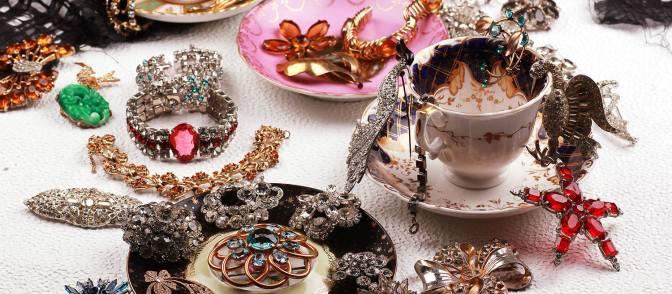 WE Chronicle: Vintage gemstones at Lulu Frost
